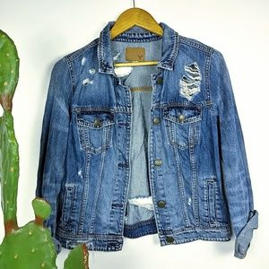 American Eagle destroyed jean jacket